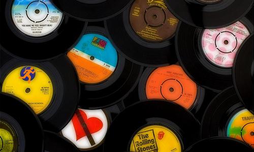 Top 10 songs to keep you running | WorldwideRunning com